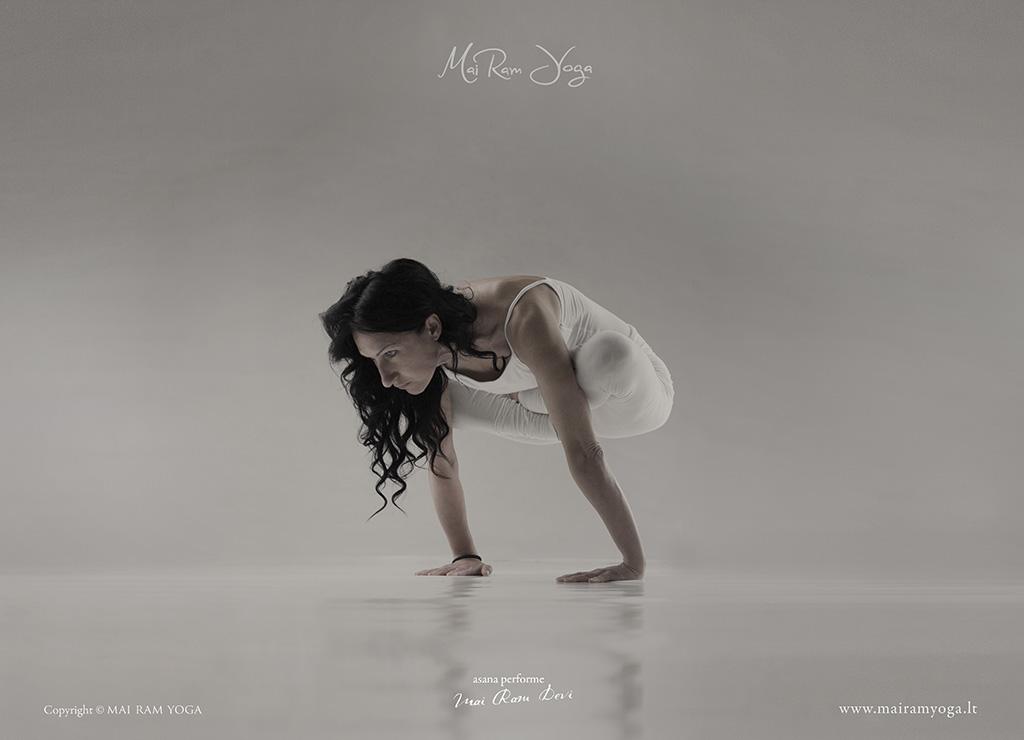 Asana : Mai Ram Yoga
