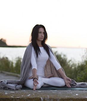 Mai Ram Yoga Meditacija