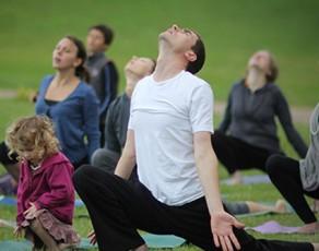 Mai Ram Yoga seimu jogos stovykla