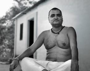 Parama Guru Narendra Ram